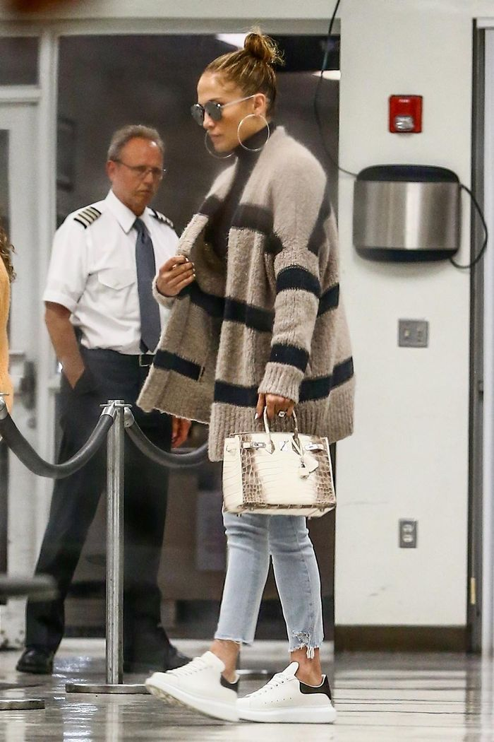 Jennifer Lopez's Nike Sneakers | Who What Wear