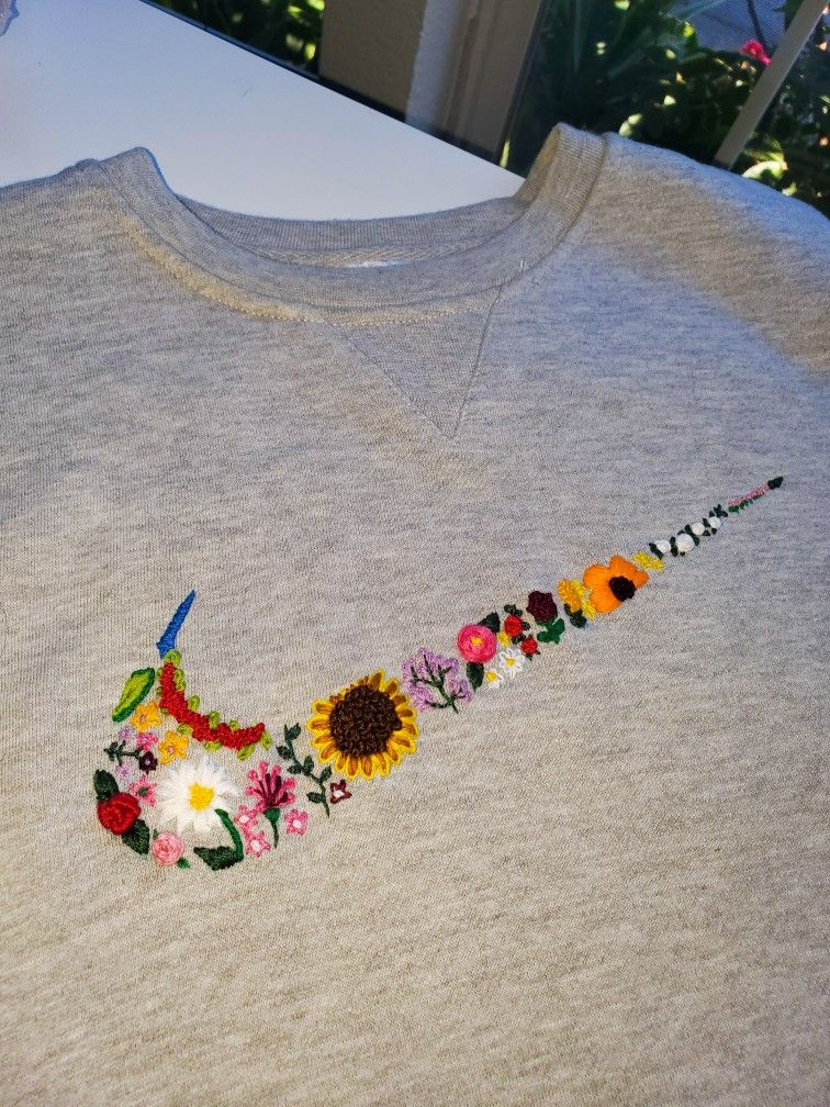 Nike Embroidery In 2020 Diy Embroidery Designs Clothes Embroidery Diy Diy Embroidery Shirt