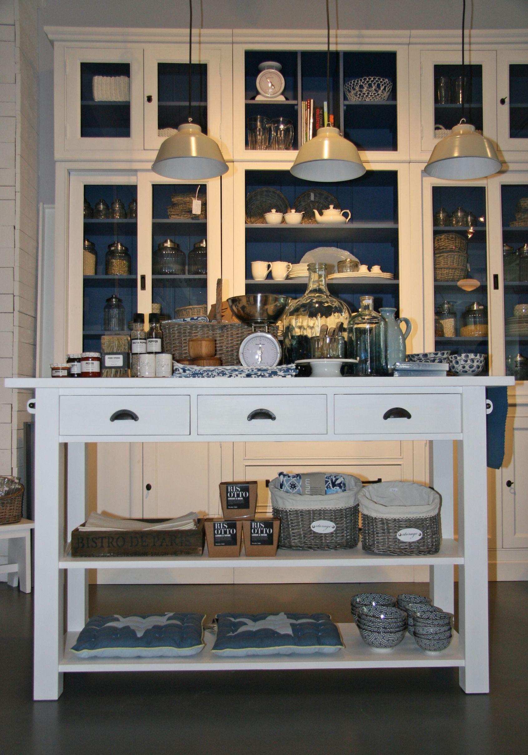 Ein Küchentresen aus der Romantic Kollektion von http://www ...