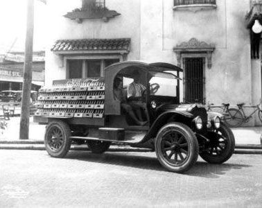 Coca Cola old delivery trucks Coca-Cola truck 1920's – Adbranch