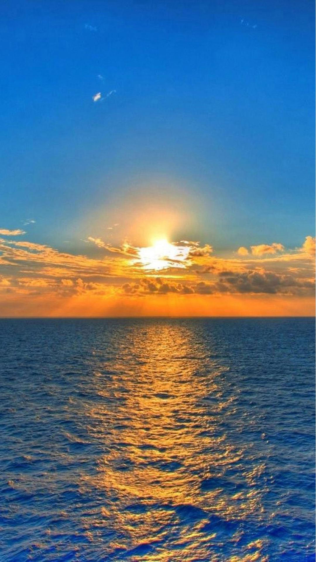 Nature Fantasy Sunrise Over Ocean At Dawn iPhone 8
