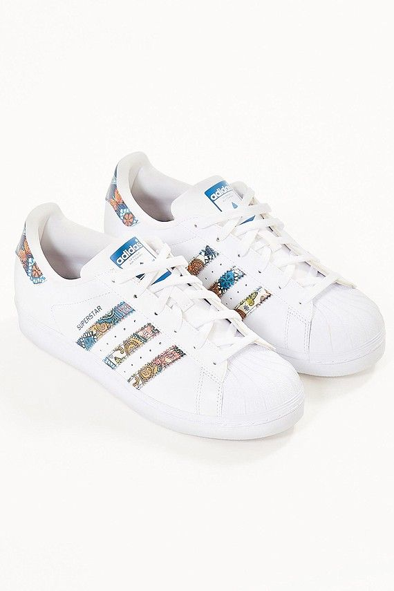 half off 3bb8d 0b1a7 Pin by Drema Sacco🌹 on Adidas   Pinterest   Shoes, Adidas and Adidas shoes