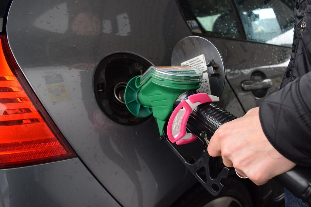 Pump Pal's are proving  #popular all across the UK. Have you tried refuelling your vehicle hands free yet?  #trending