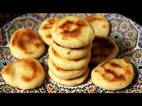 Alia's Tips: Batbout - Cute Little Moroccan Breads - YouTube
