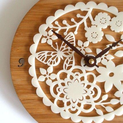 kirie bamboo clock from decoylab
