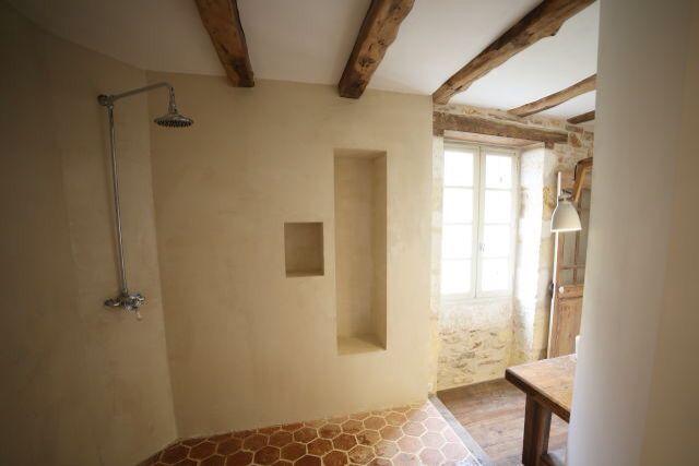 salle de bain dordogne b ton cir douche l. Black Bedroom Furniture Sets. Home Design Ideas