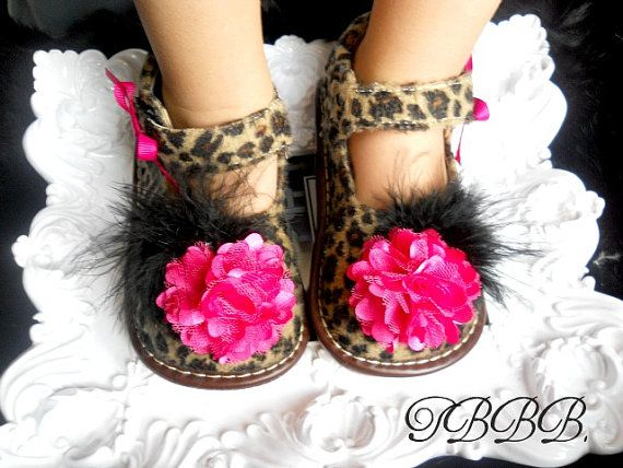 Toddler Tan Leopard Squeaky Mary JaneGirl di TheBabyBellaBoutique, $26,99