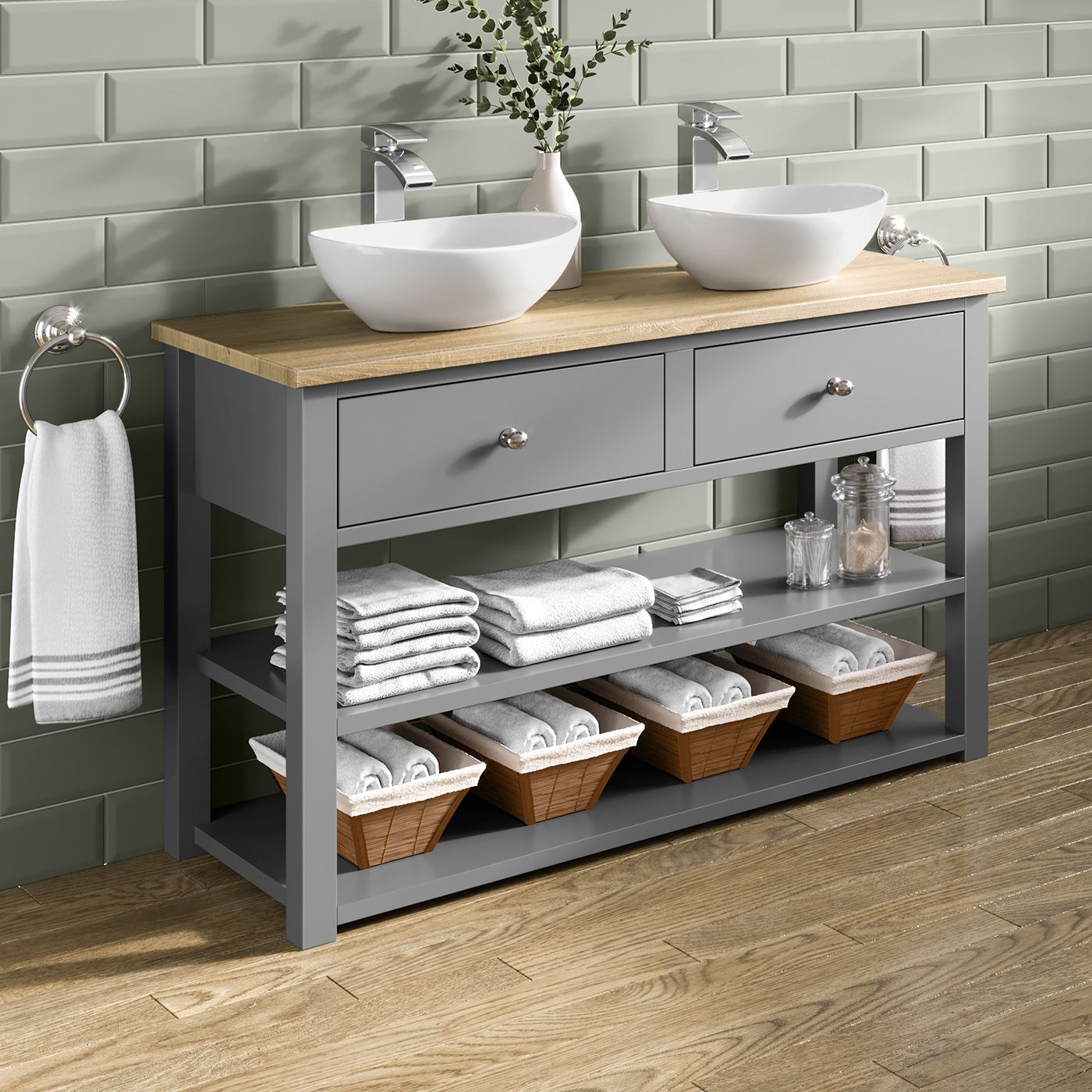 Umywalka Nablatowa Massi Oval Niewielka I O Subtelnym Ksztalcie Polecamy Do Malych Lazienek Bathroom Furniture Modern Bathroom Vanity Units Bathroom Units
