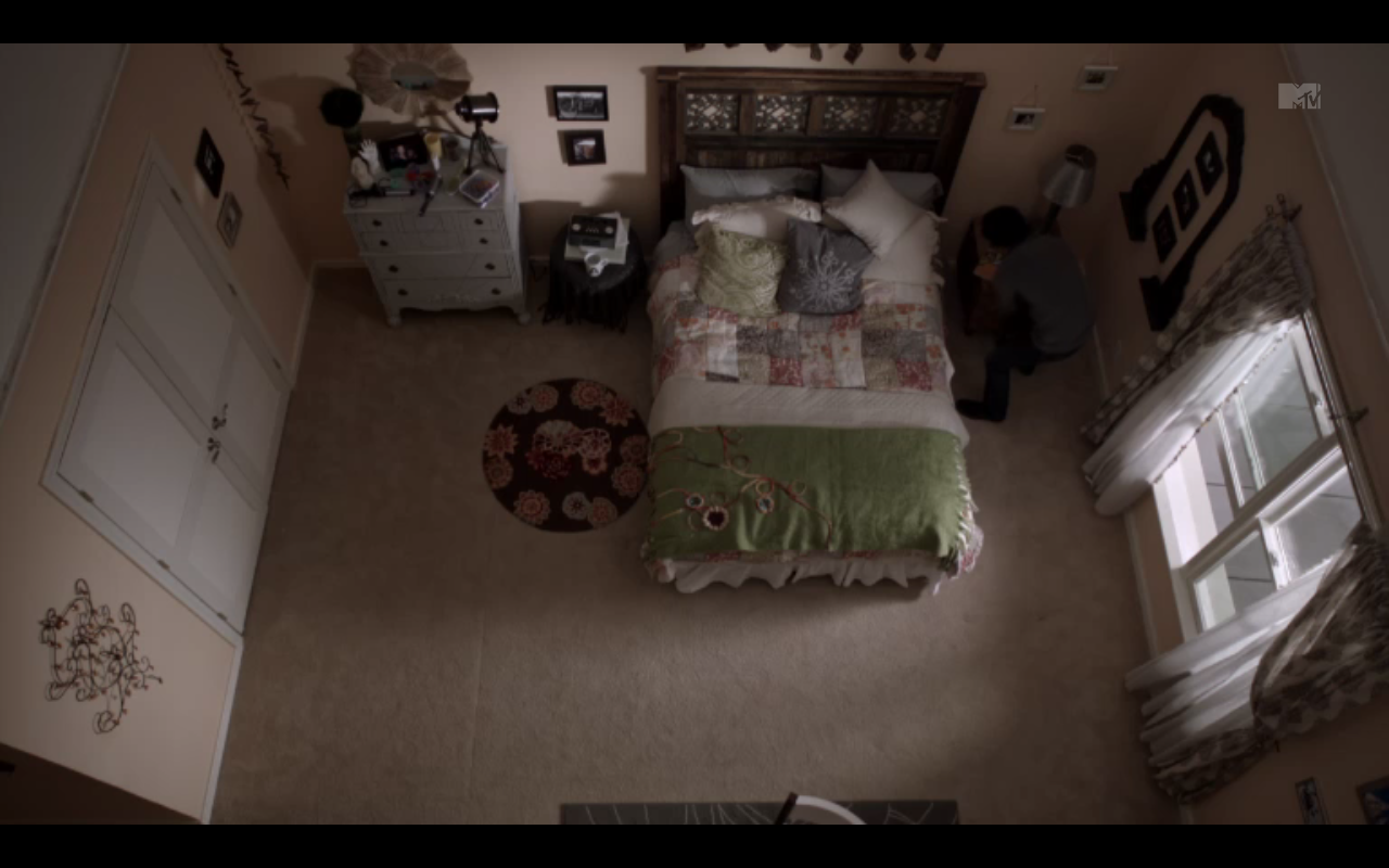 Allison Argent's room. I the style of her bedroom.