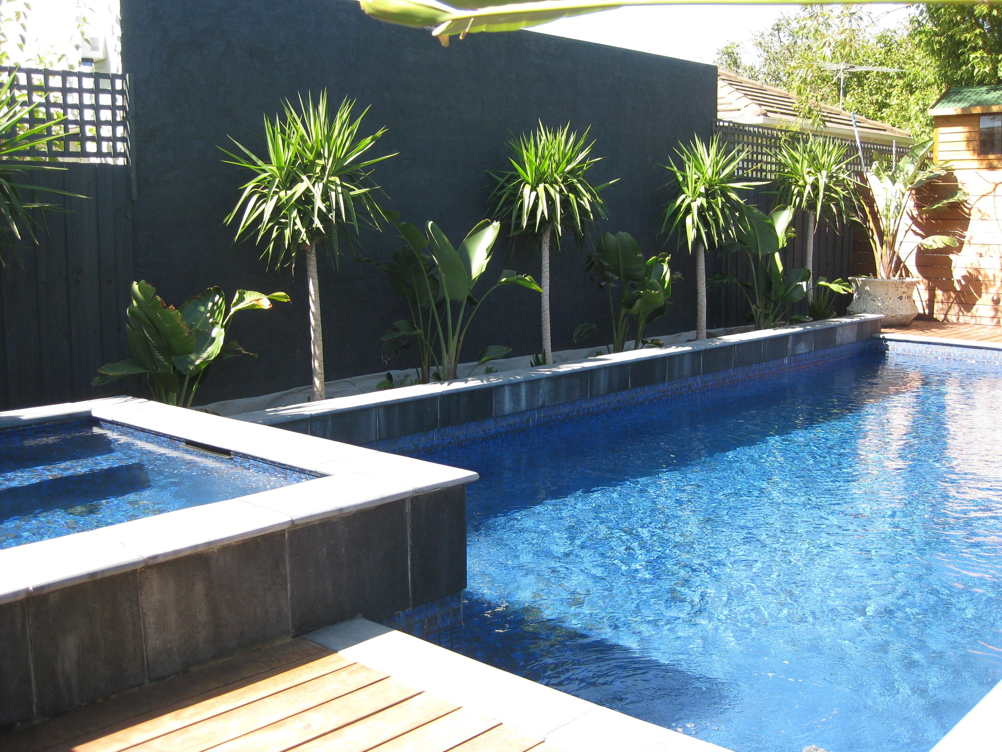 For Pool Garden Design Landscaping And Gardening From Modern Landscape Swimming Ideas Sourcerol Modern Landscaping Modern Landscape Design Modern Garden Design