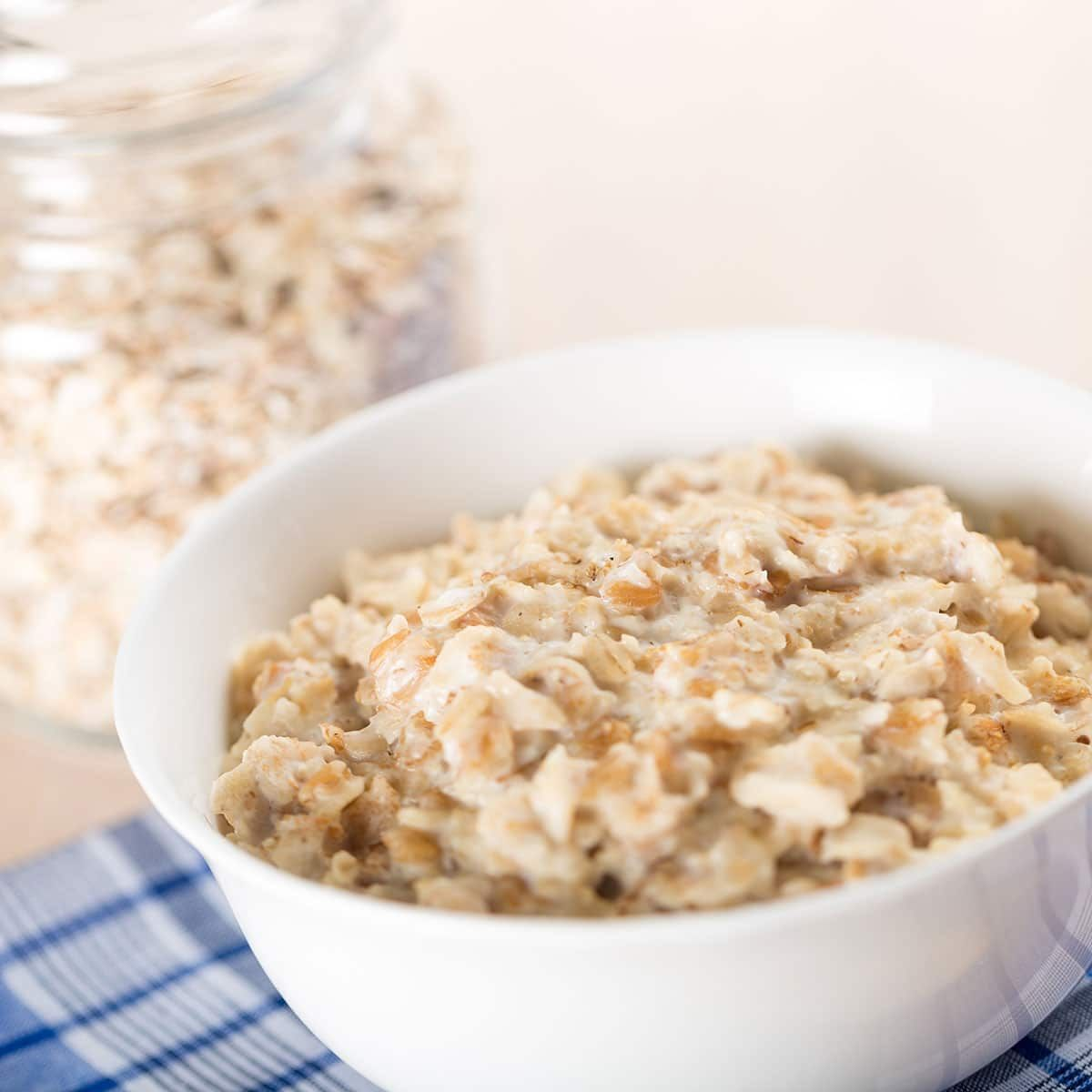 National Oatmeal Day History And Why We Celebrate Oatmeal Food Summer Burgers