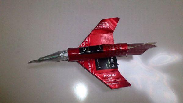cigarette-pack-jet-4