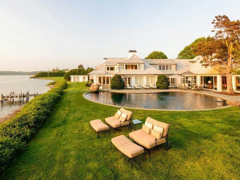 12 of the Most Jaw-Droppingly Beautiful Hamptons Living Rooms