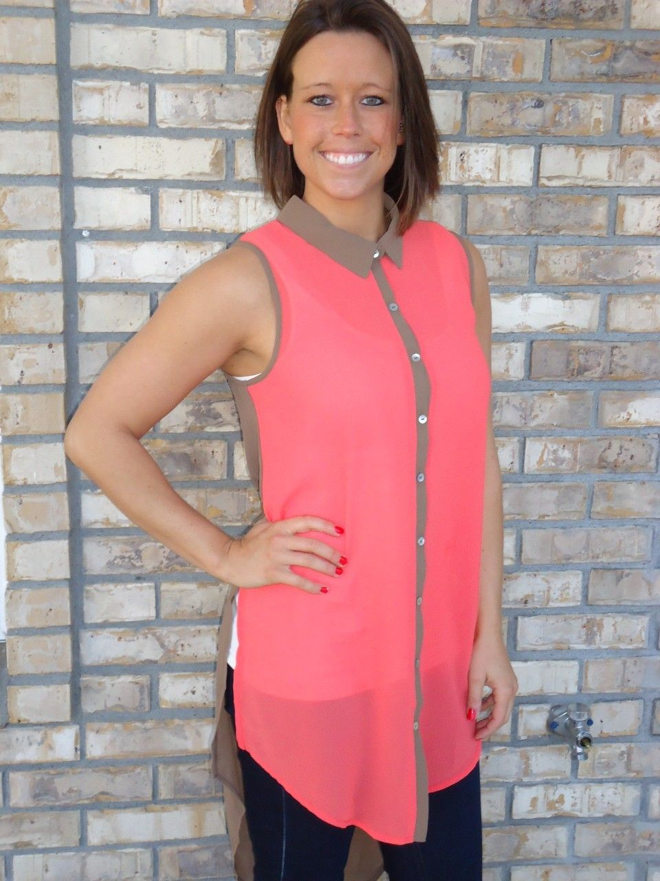Sleeveless Blouse #coral #taupe #top