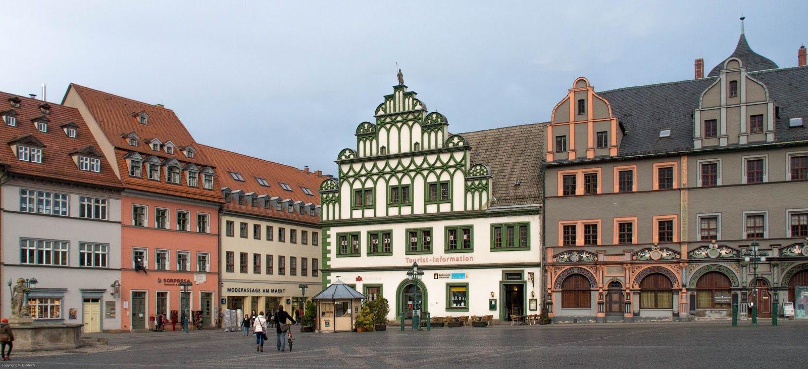 Marktplatz In Weimar Kurz Vor Dem Regen Germany Travel Photography Mansions House Styles