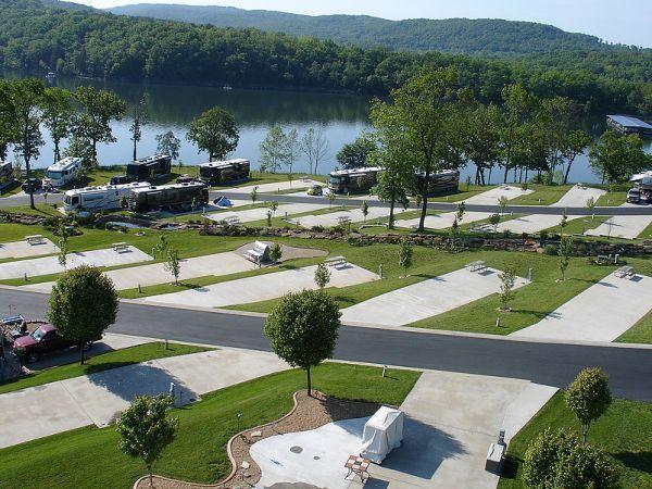 Ozarks Luxury Rv Park On Table Rock Lake Near Branson Mo Table Rock Lake Luxury Rv Resorts Rv Parks In Missouri