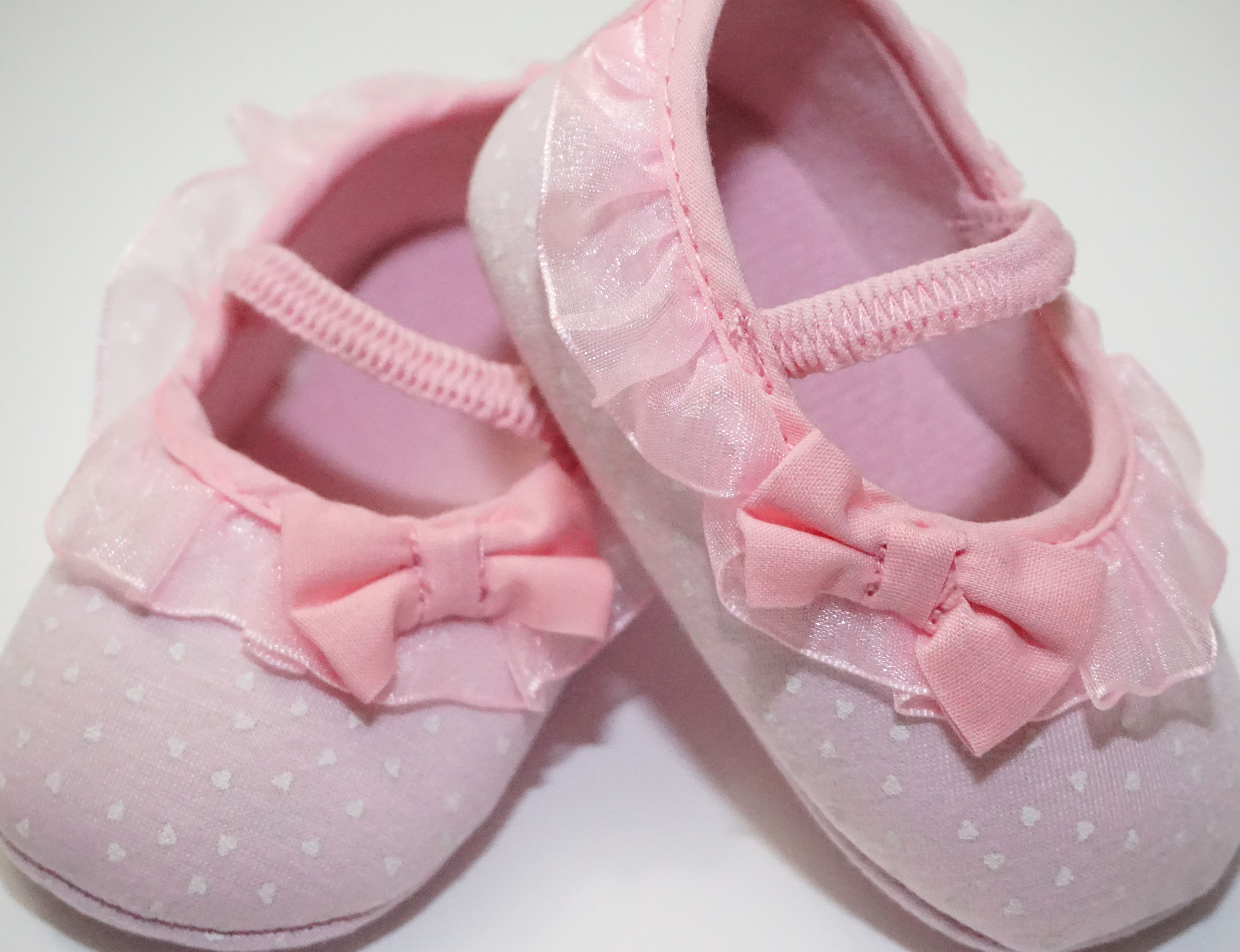 Look at this cute ballerina shoes You know of anyone or you maybe