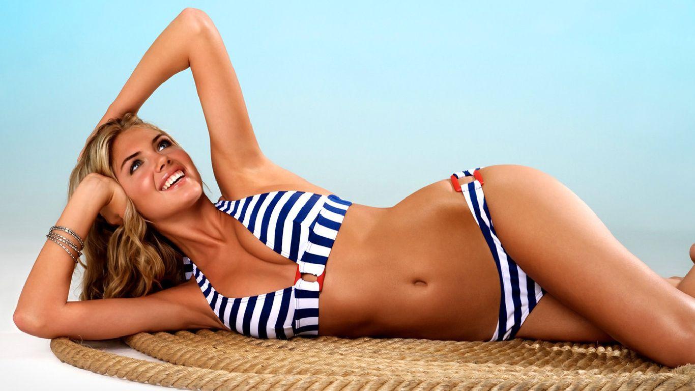 Free supermodel bikini galleries