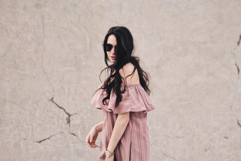 Off Shoulder dress from dresslily http://www.haileighandjamie.com/2017/06/wear-off-shoulder-trend.html #blushpink #offshoulder #dresslily #romwe #outfit #ootd #haileighandjamie