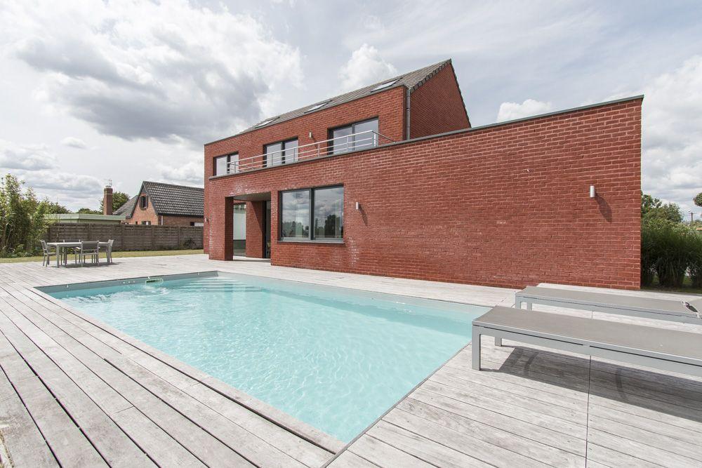 lille maison d architecte avec piscine espaces atypiques lille maison maison darchitecte. Black Bedroom Furniture Sets. Home Design Ideas