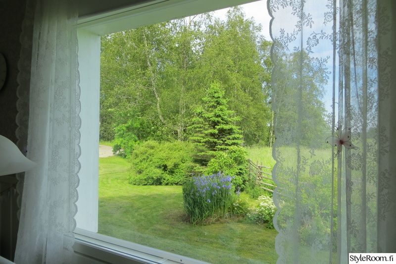 ikkuna,keittiö,romanttinen,maisema,pitsiverhot