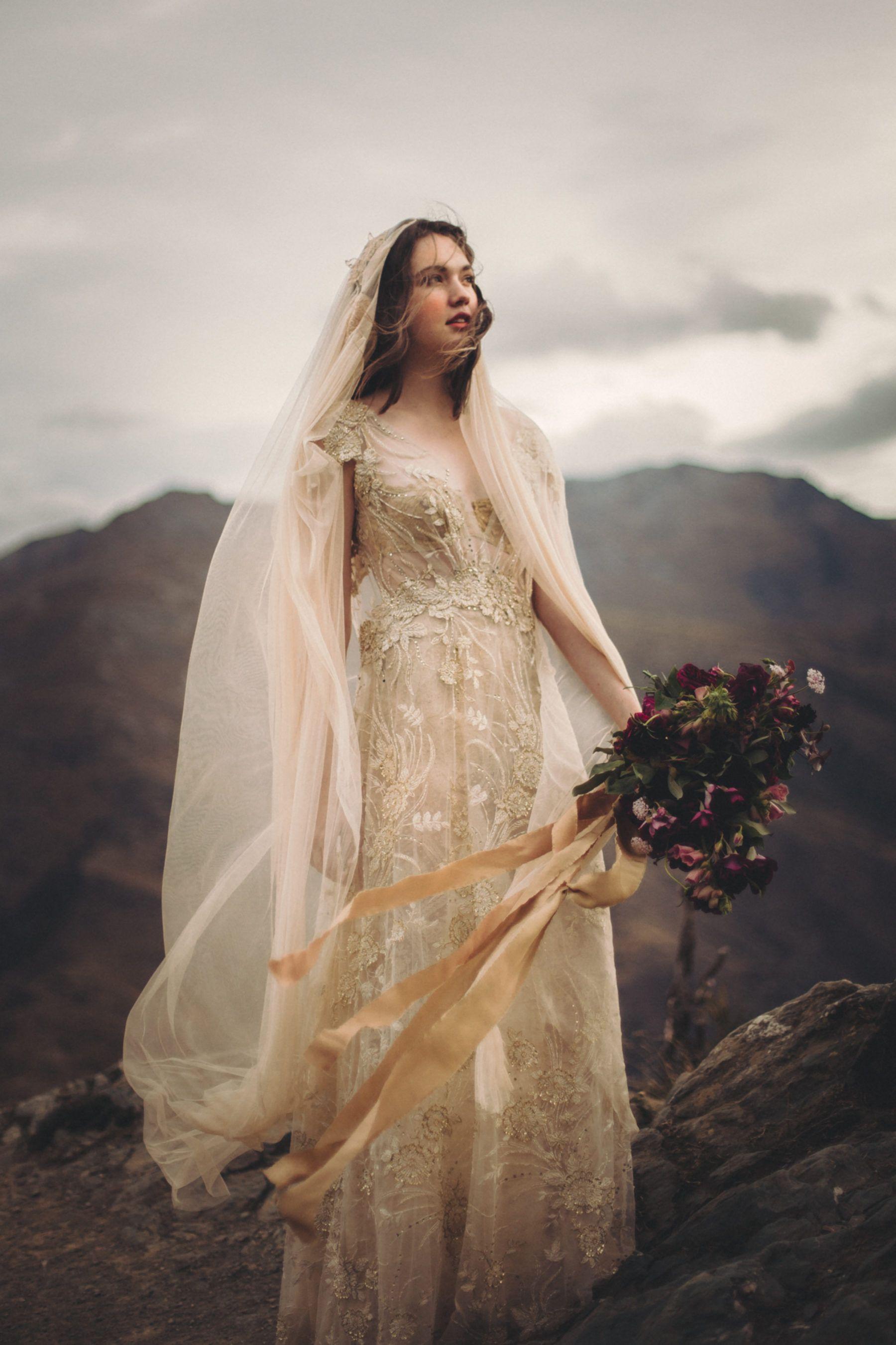 Dawn Thomson Queenstown Wedding Photographer Queenstown Wedding Vintage Wedding Photography Gold Wedding Gowns
