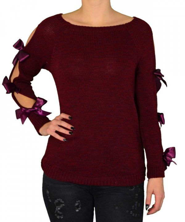 a166abda24b5 Γυναικείο πλεκτή μπλούζα με φιόγγους στα μανίκια μπορντό 6519Q ...