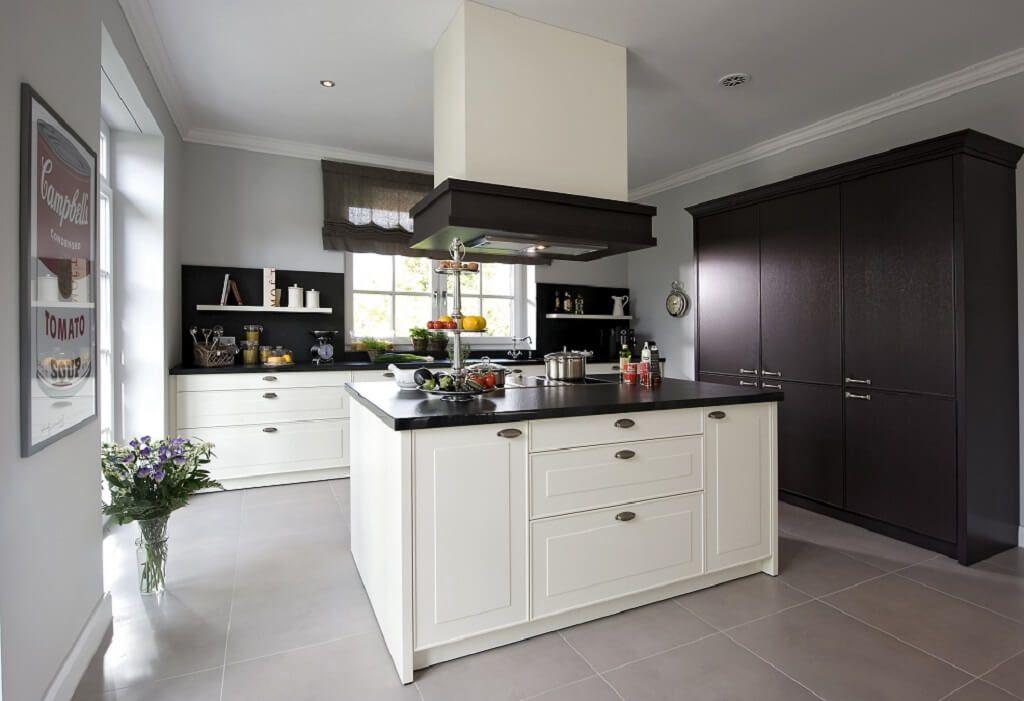 Küche Mit Kochinsel Im Landhausstil