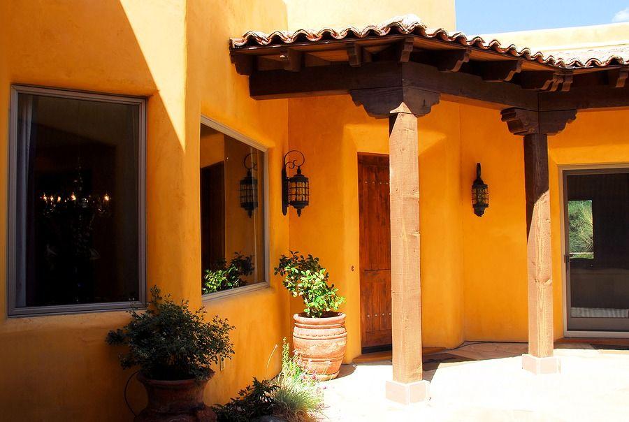 Fachada De Una Casa Moderna Minimalista Y Colonial Fachadas De Casas Coloniales Casas Coloniales Pintar Fachadas De Casas