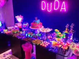Ideas para decorar tus Eventos NEON Pinterest Neon 13th