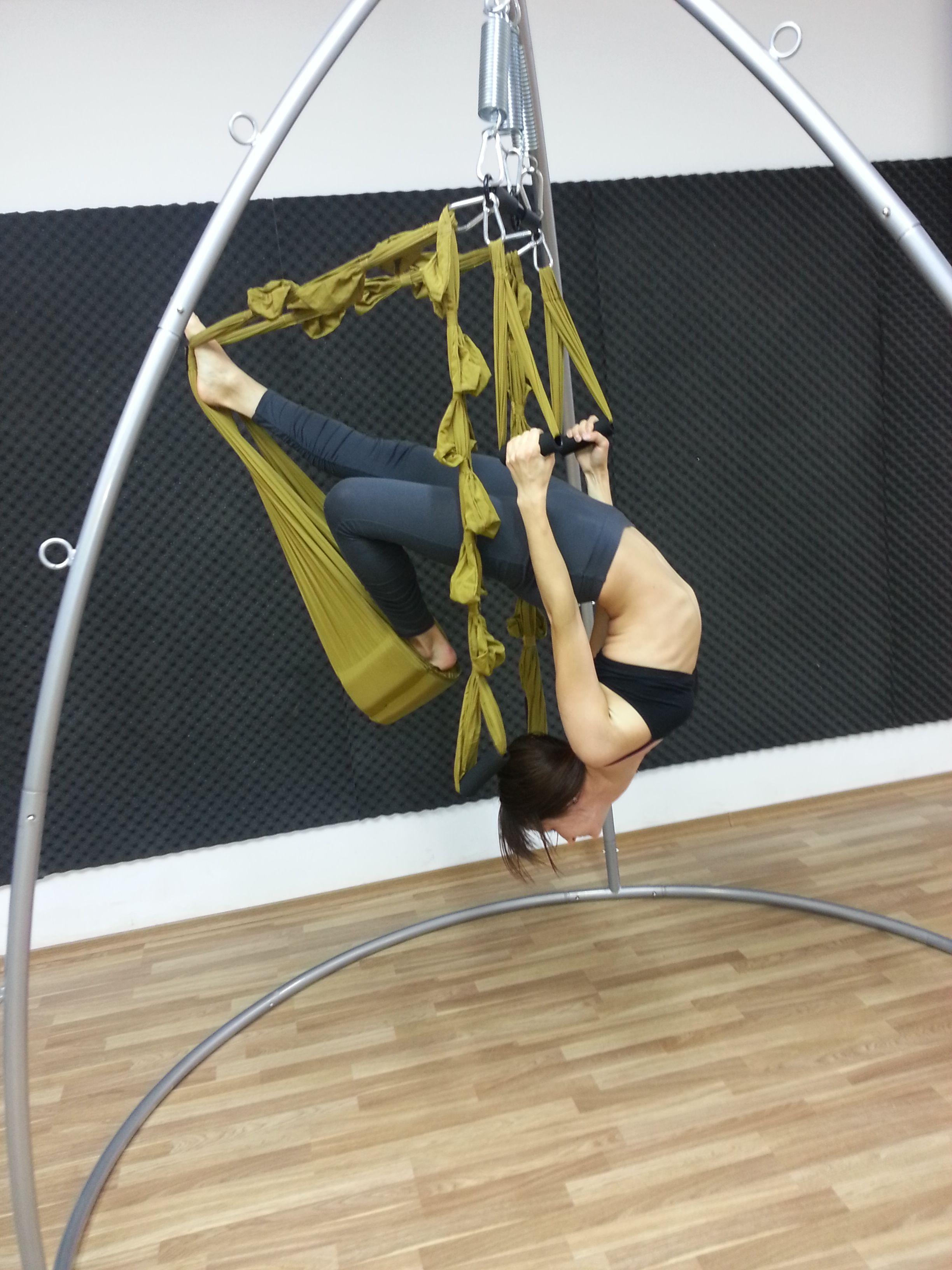 Aerial yoga pose fitspiration pinterest aerial yoga yoga