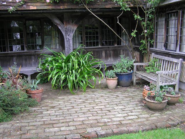 Ogrod W Vann Patio Outdoor Decor Plants