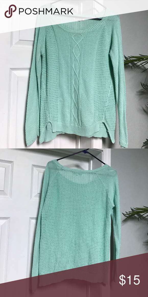 Olive & oak women's sweater Women's sweater mint green good condition Olive & Oak Sweaters