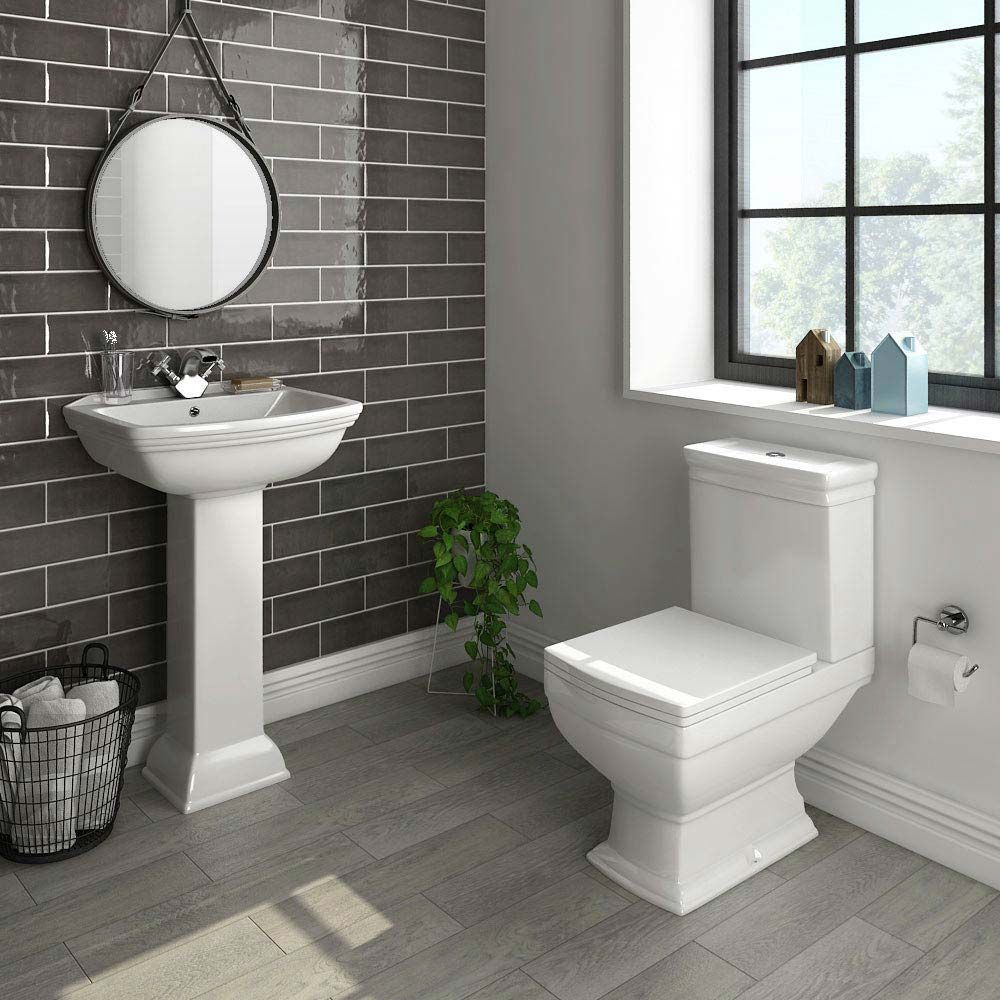 Rydal 4 Piece Traditional Bathroom Suite Victorian Plumbing Uk Traditional Bathroom Traditional Toilets Traditional Bathroom Suites