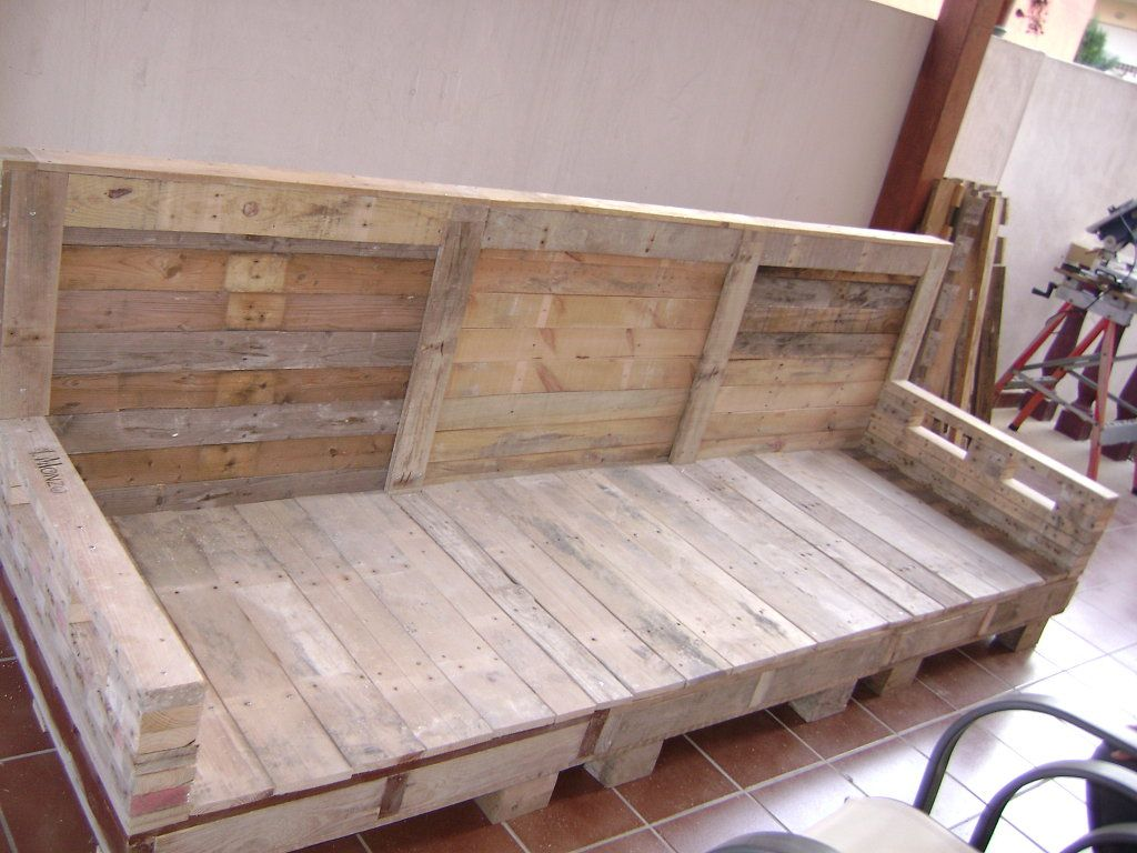 sofa exterior palets pallets diy wood and pallet projects