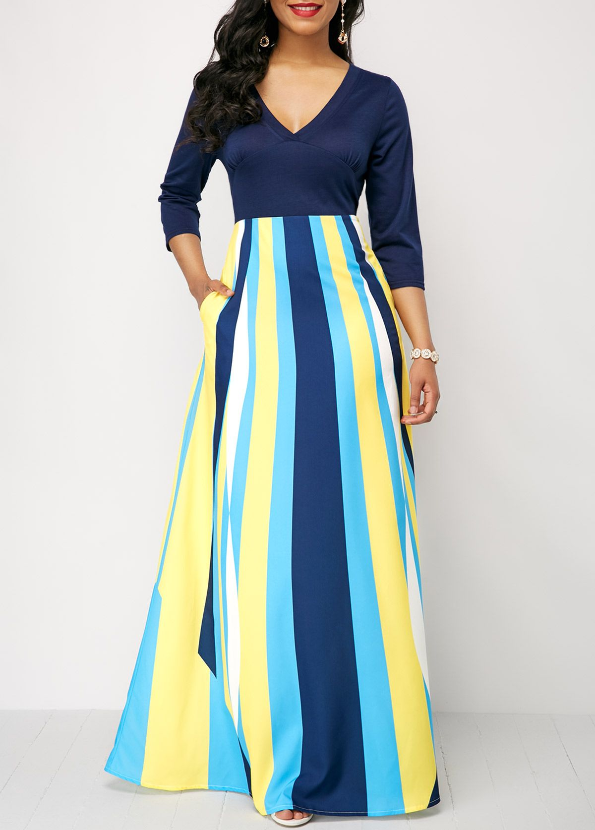 7be8f2a2259 Three Quarter Sleeve Printed V Neck Maxi Dress