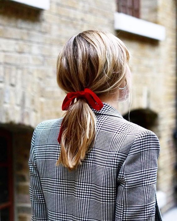 How To Look Stylish In Hair Bows