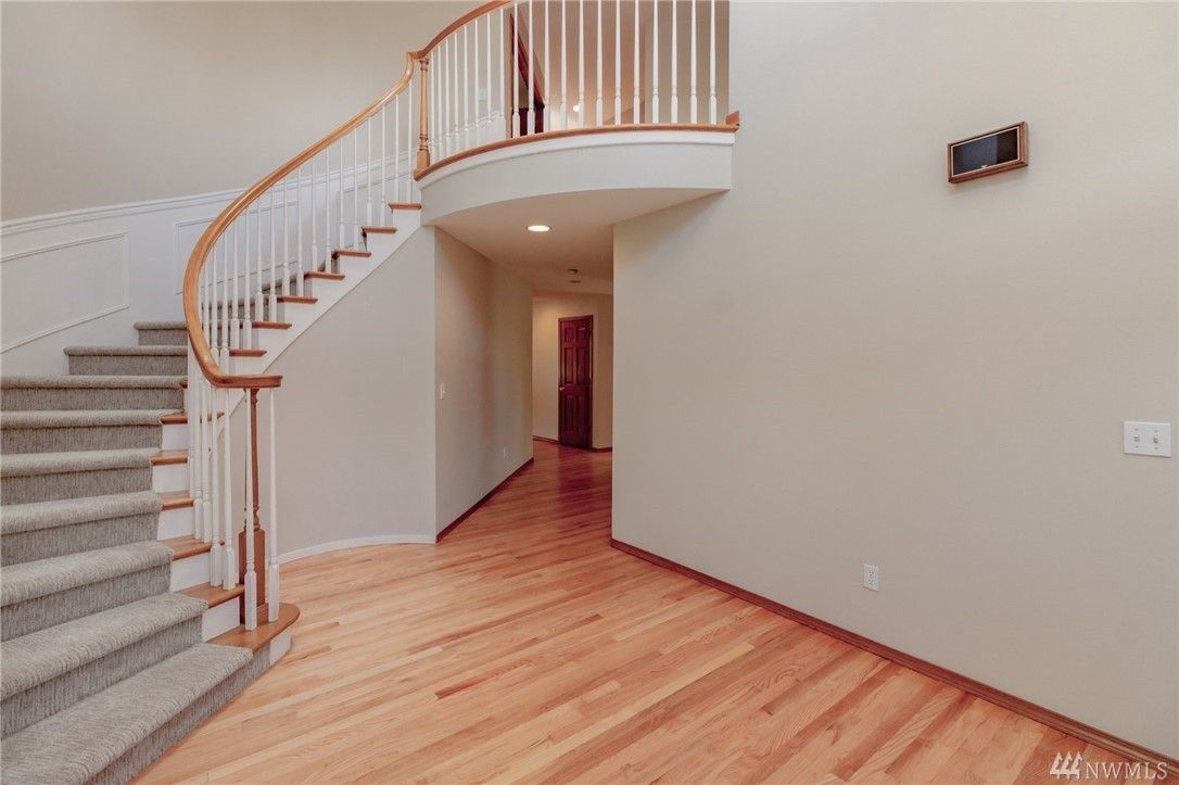 Vaulted Ceiling Staircase Hardwoods Refinishing Hardwood