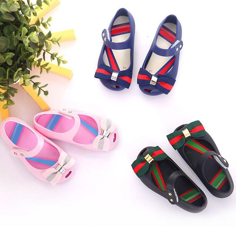 81301dbe2521 Mini Melissa Bow Jelly Sandals 2017 New Children Sandals Jelly Melissa  Shoes Girls Beach Sandals Princess
