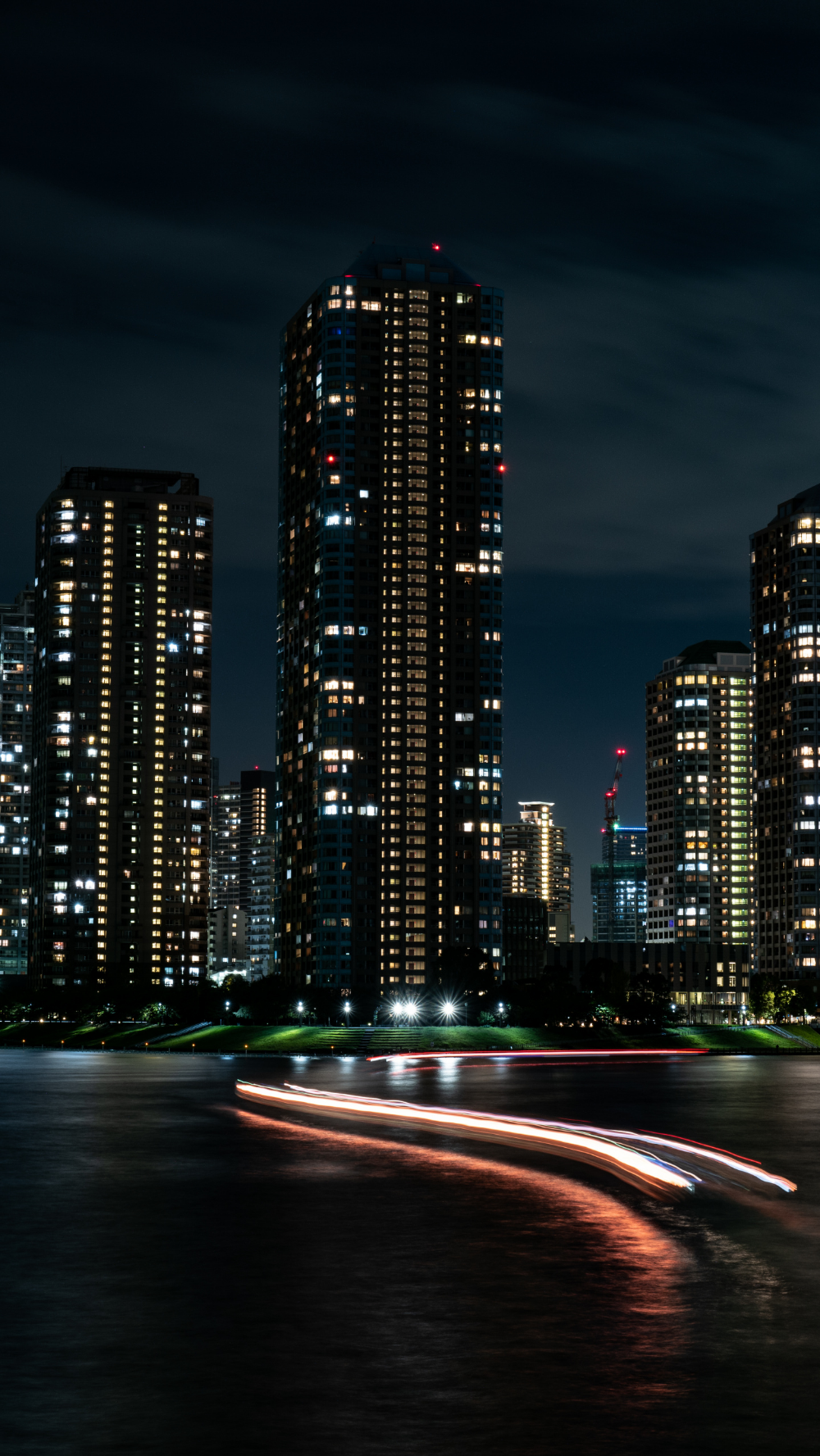1440x2560 Night City Buildings High Towers And Skyscrapers Cityscape Wallpaper Cityscape Wallpaper Skyscraper City Wallpaper
