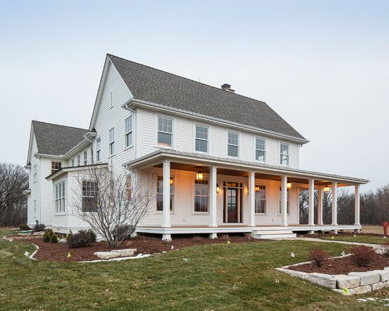 25 great farmhouse exterior design elmo greek and lakes for Large farmhouse house plans