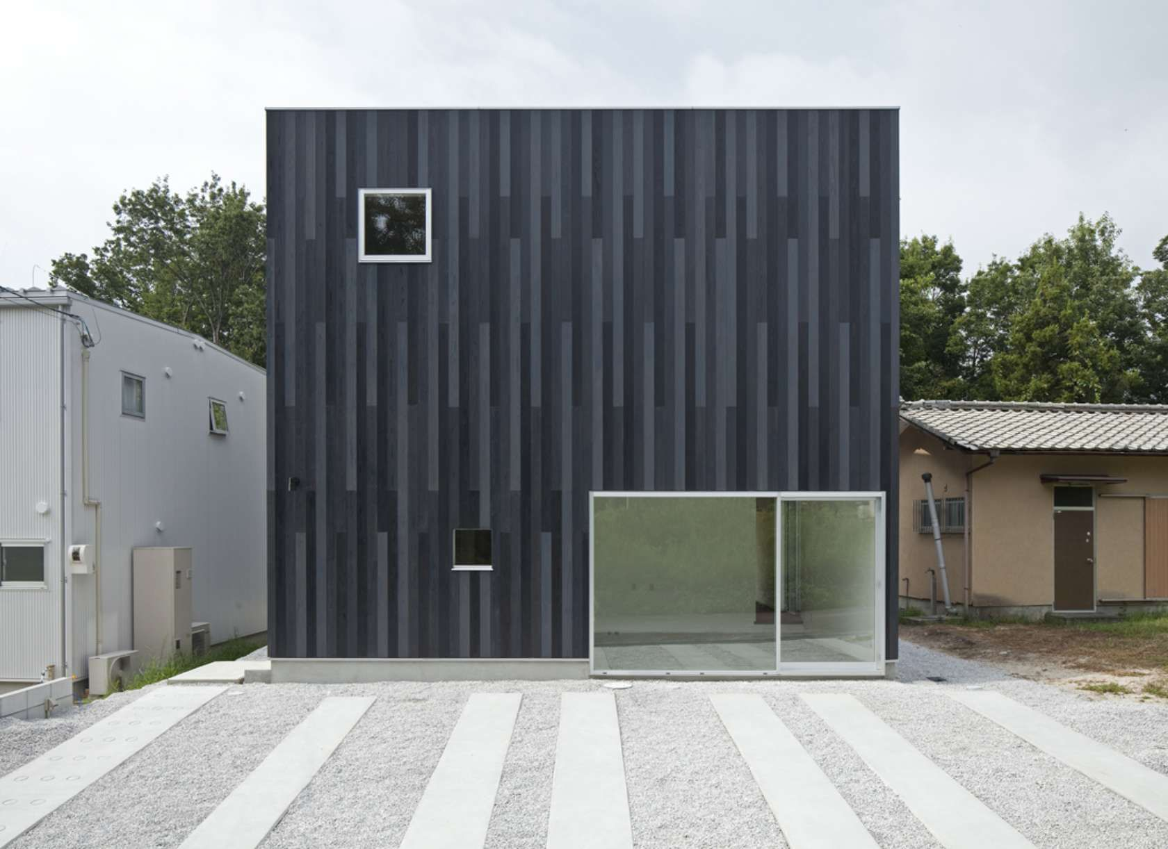 N House_Tofu timber cladding, vertical cladding, architecture ... on