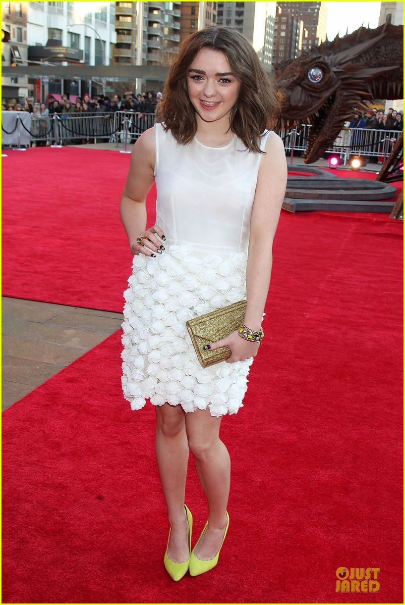 Maisie Williams (born 1997) Maisie Williams (born 1997) new images