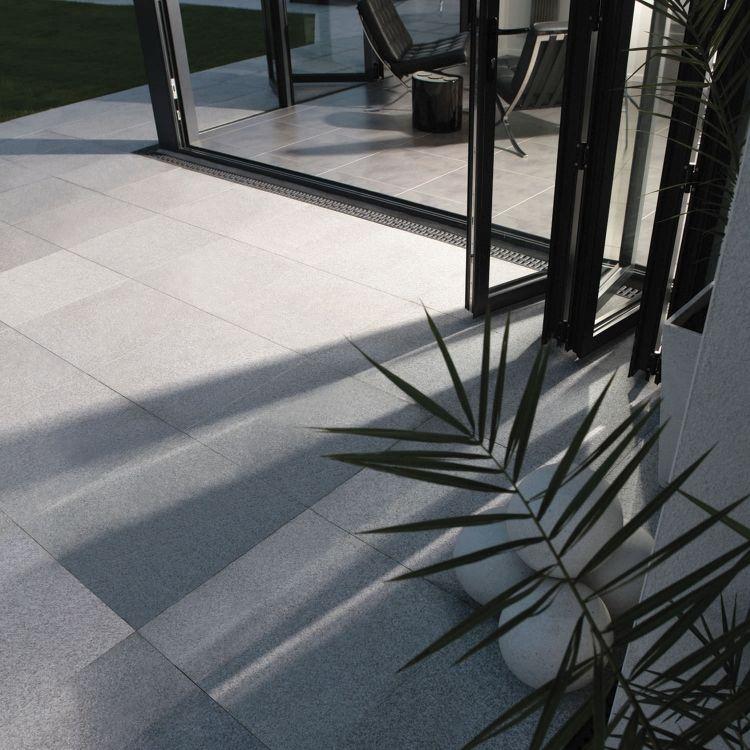 dalles de terrasse en pierre naturelle- revêtement de sol intérieur - dalle beton interieur maison