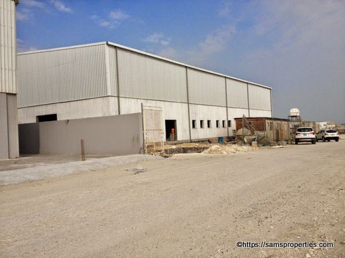 Looking For A Factory Space To Rent In Bahrain Searching For An Industrial Warehouse For Rent In Bahrain Book This Industr Property Rent Industrial Warehouse