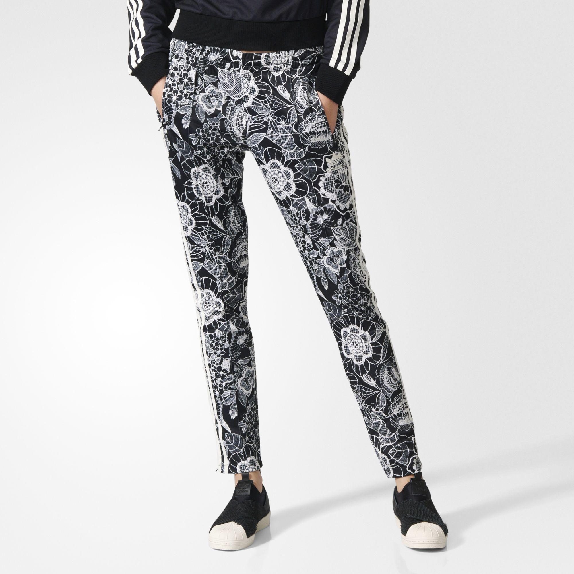 Lima T preferir  adidas - Pantalón SST Florido   Pantalones adidas, Pantalones ...