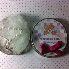 Latinha Mint To Be de alumínio com mini terço embalado em saquinho de celofane.  Ideal para lembrancinha de Chá de Bebê, Nascimento, Batizado, Primeira Comunhão, Casamento...entre outros.