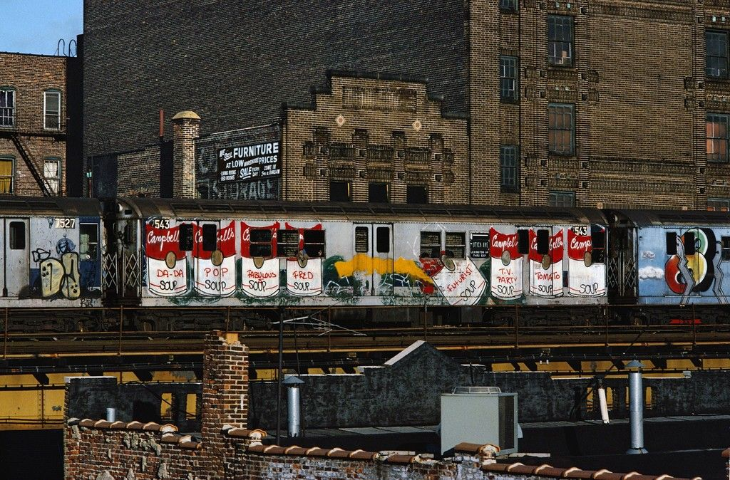 Hip Hop Punk And The Rise Of Graffiti In 1980s New York New York Graffiti Street Art News New York Subway