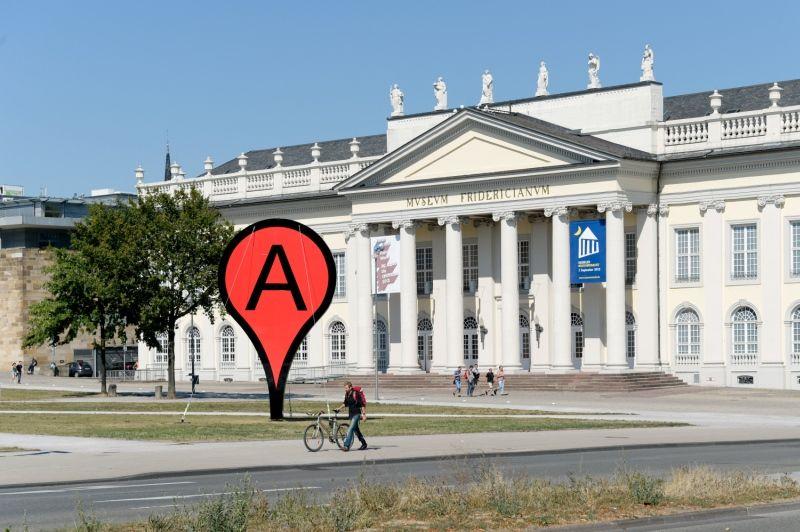 www.datenform.de Netzdatenwelt vs. Alltagslebensraum