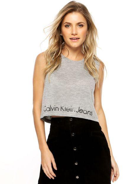 2481ef17d931e Regata Cropped Calvin Klein Jeans Relevo Cinza - Marca Calvin Klein Jeans